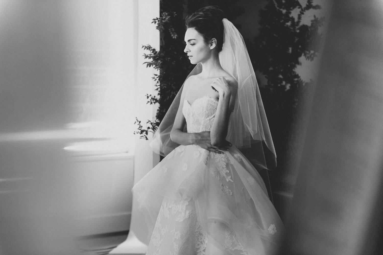 CarolinaHerrera.Fall2016.Bridal.10.jpg