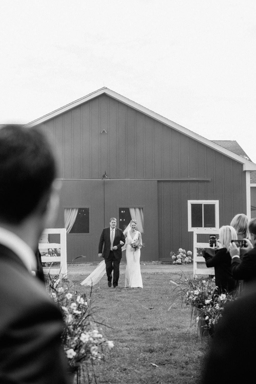 TheBarnatLibertyFarms.Wedding.NYC.-19.jpg