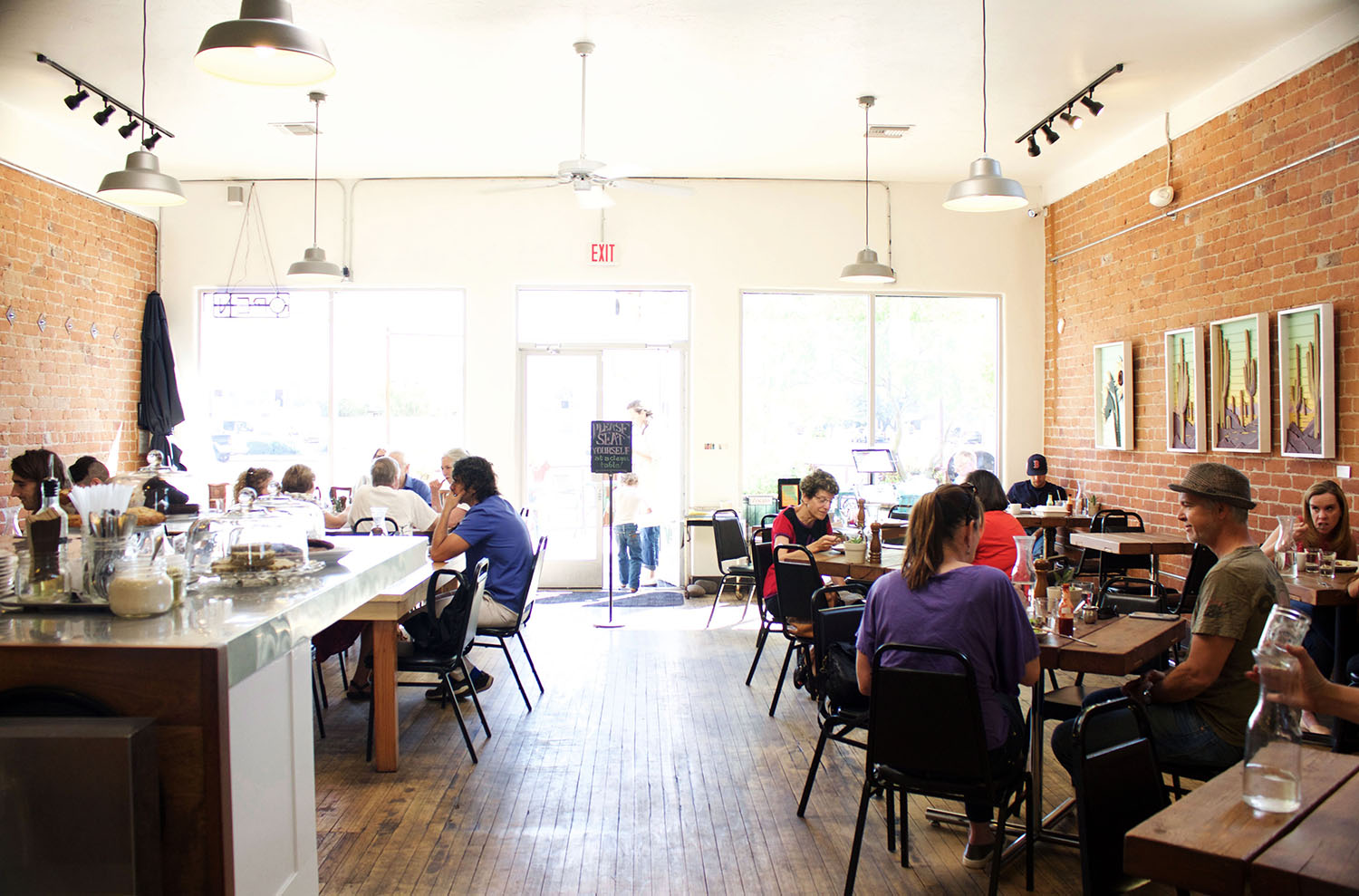 Within walking distance of downtown Tucson's most desireable neighborhoods but away from the bustle of Congress Street, 5 Points Market and Restaurant filled a need in its community for a local restaurant with delicious and conscientiously made food.