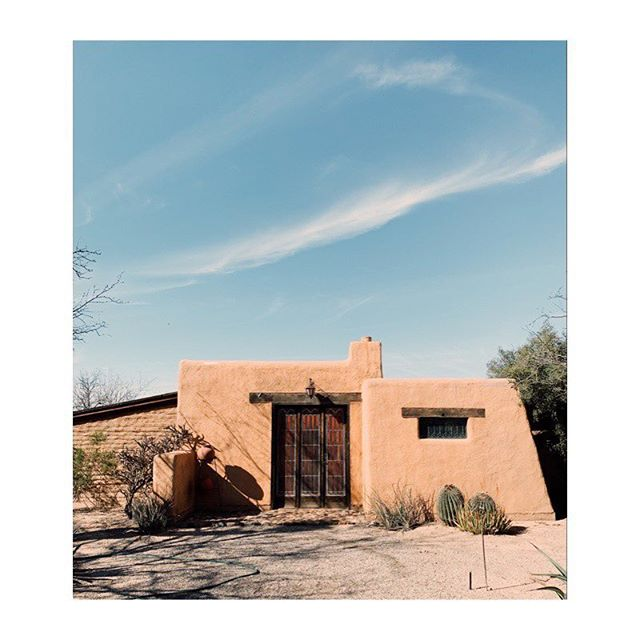 Blue sky, humble adobe. ✨ #territorymagazine #themodernejournalofthesouthwest