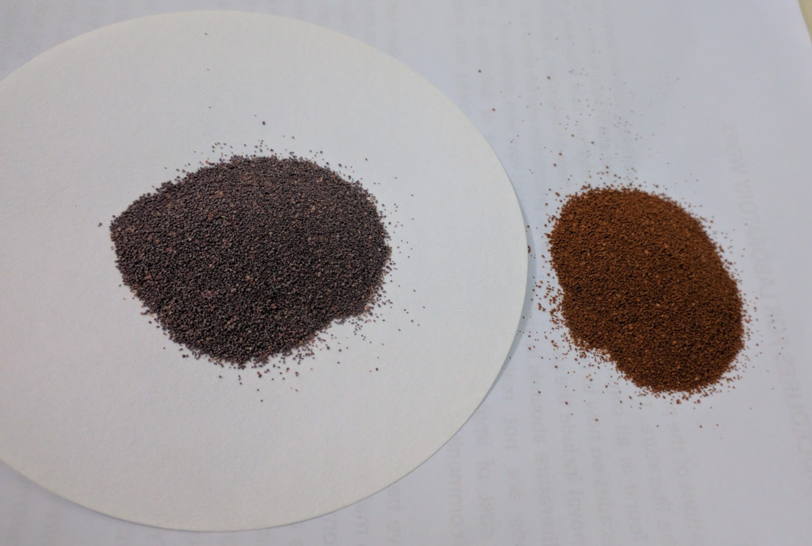 Heat activated laterite-alumina composite (left) vs. raw laterite (right).