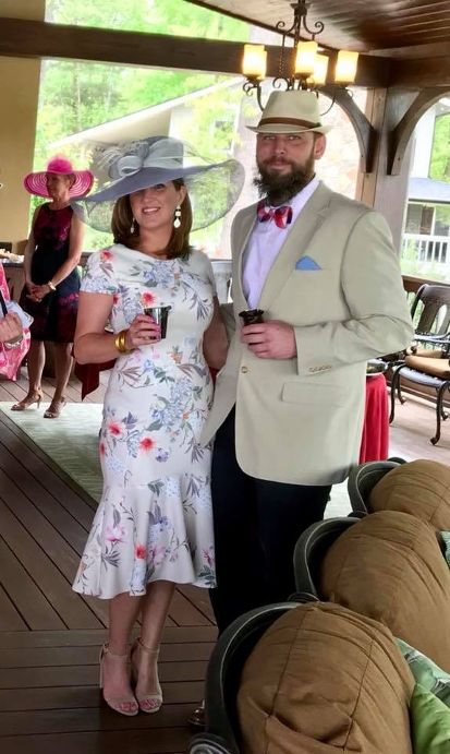 Derby 2018 Hat and Dress.JPG