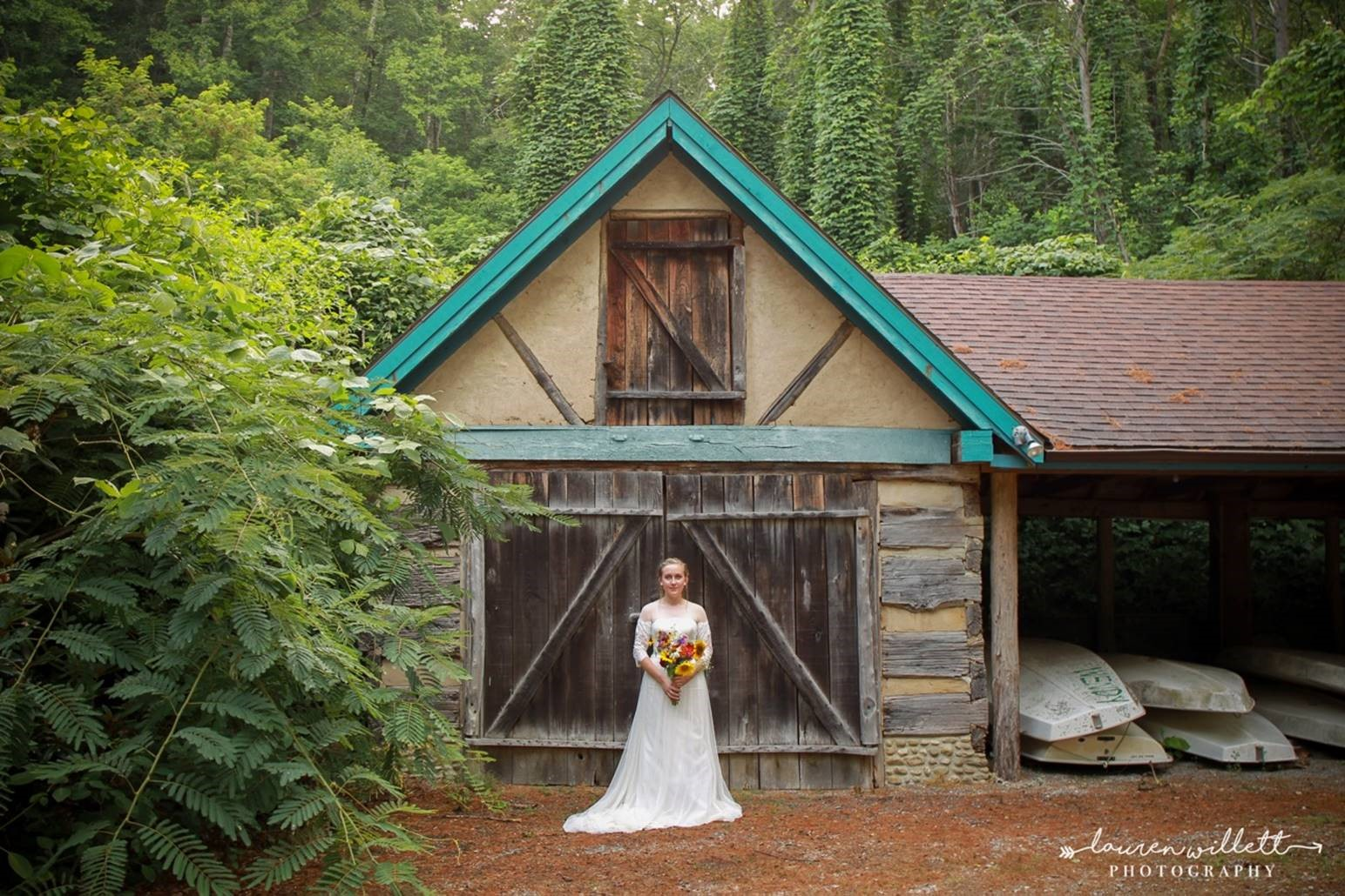 bride at Sit 'n' Whittle