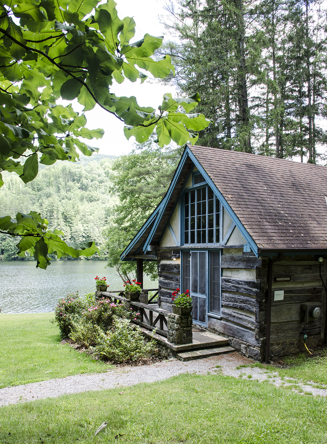 Rhododendron Cabin