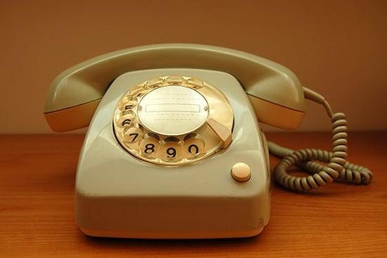 old-telephone.jpg