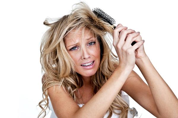 Dry-and-frizzy-hair-damaged-hair.jpg