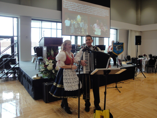 Henry and Susan Machichek performing in traditional Czech kroje.