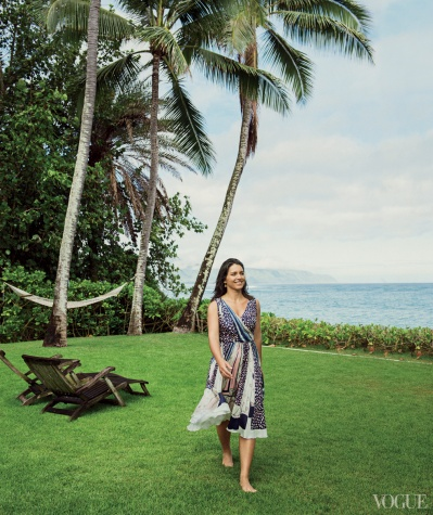 Client: VOGUE, USA Photographer: Sebastian Kim Location: Haleiwa, HI