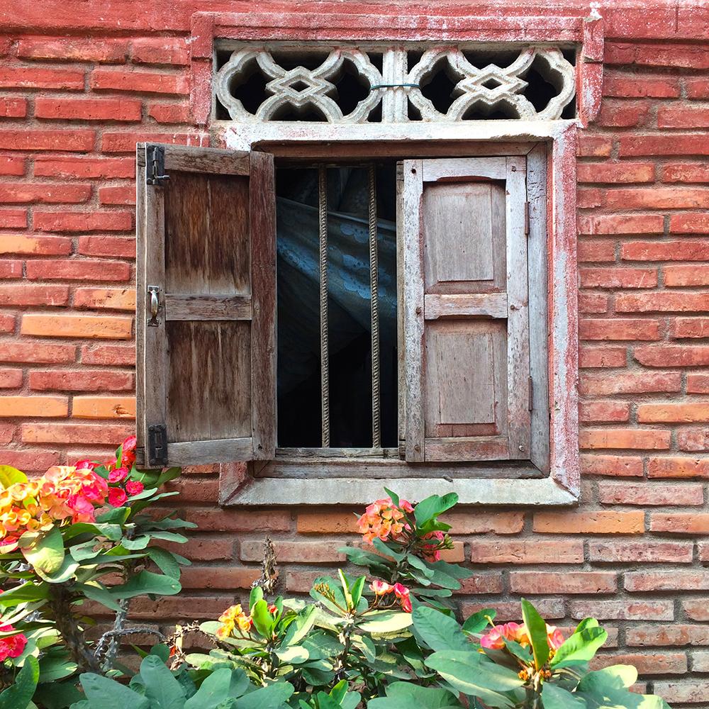 LuangPrabang_house3.jpg