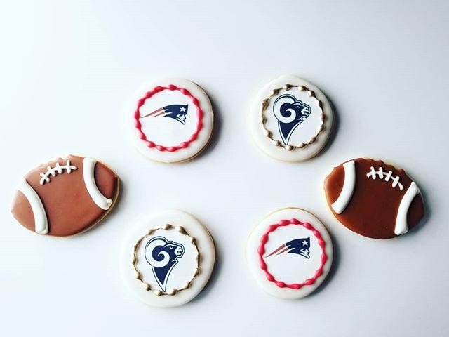 Whose ready for some football? #superbowl #occookies #hautesweetsbakingco #customcookies
