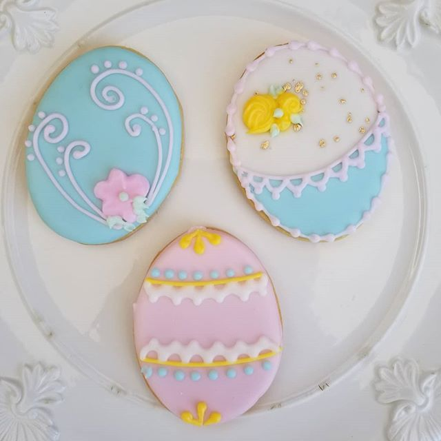 Easter eggs🐰❤ #hautesweetsbakingco #occookies #oldtownorange #ocbakery