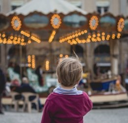 holiday-decor-carousel.jpg