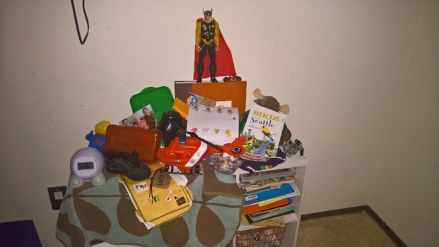 how-to-organize-a-childs-room-example.jpg