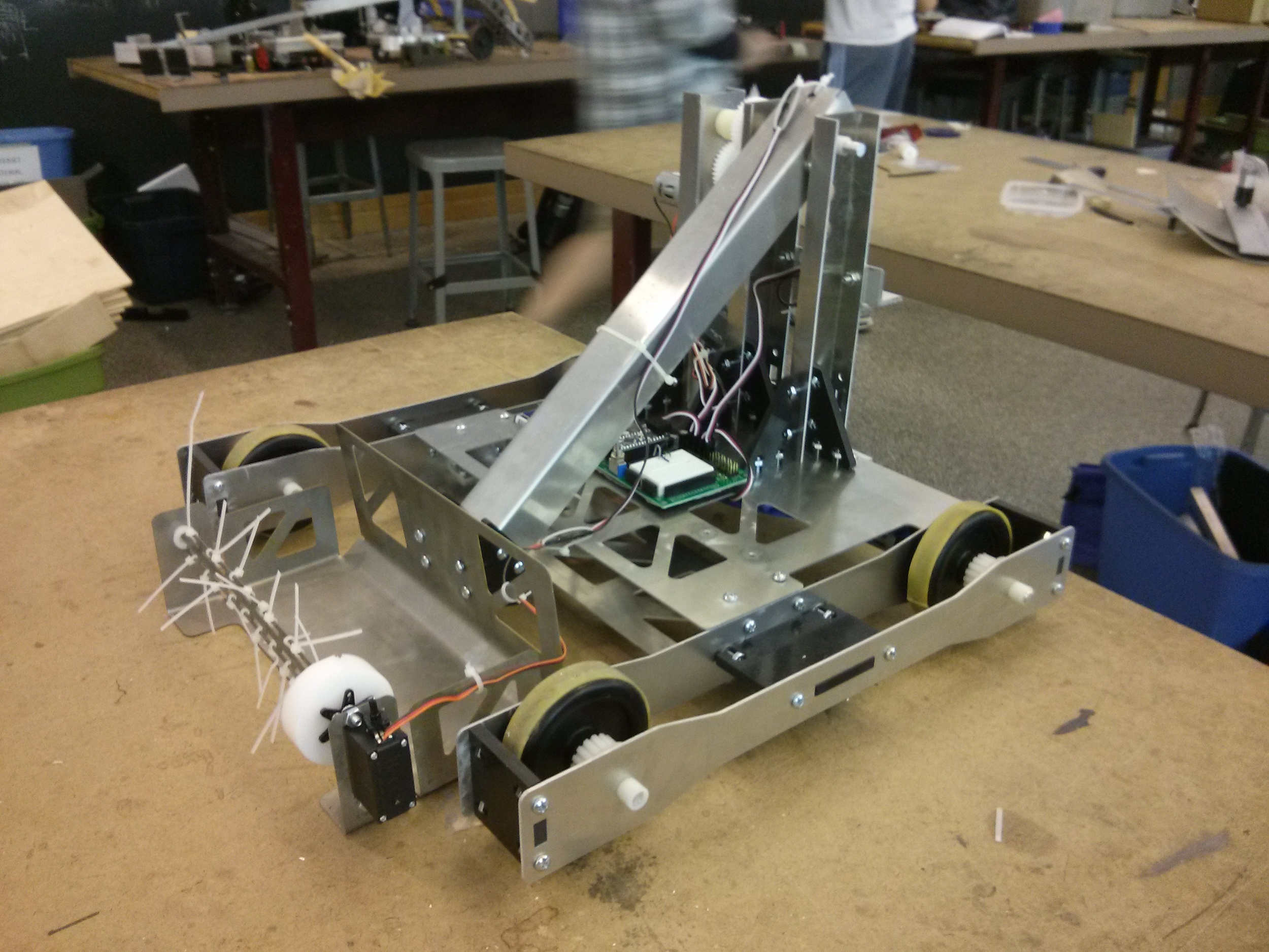 The final assembly of the robot was relatively straight-forward due to planning and designing that was already done in CAD.