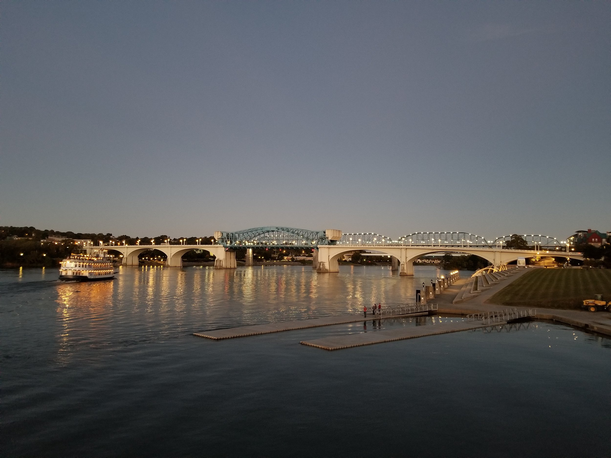 A nice dusk view of the Tennessee River in Chattanooga.