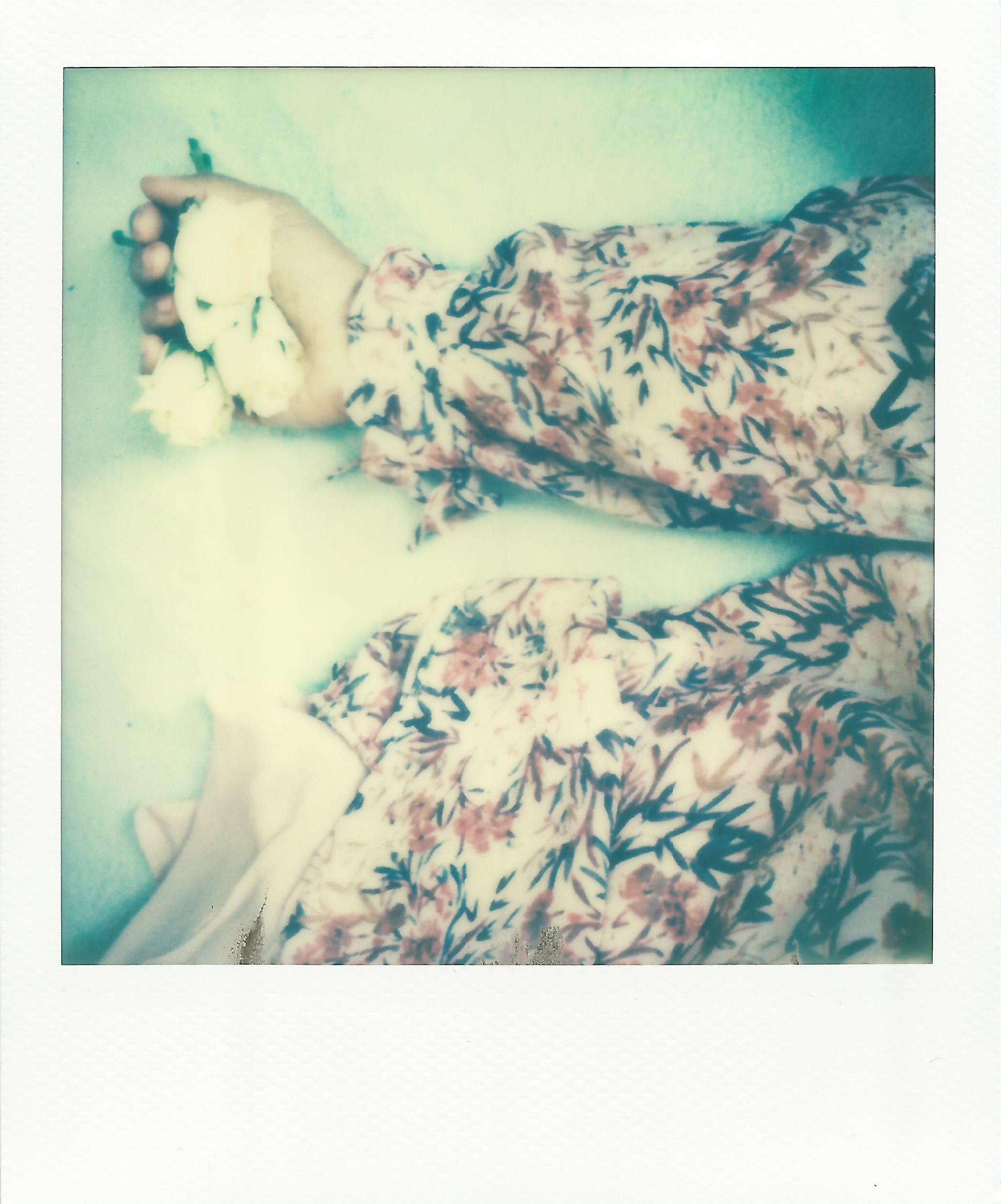 hand roses.jpg