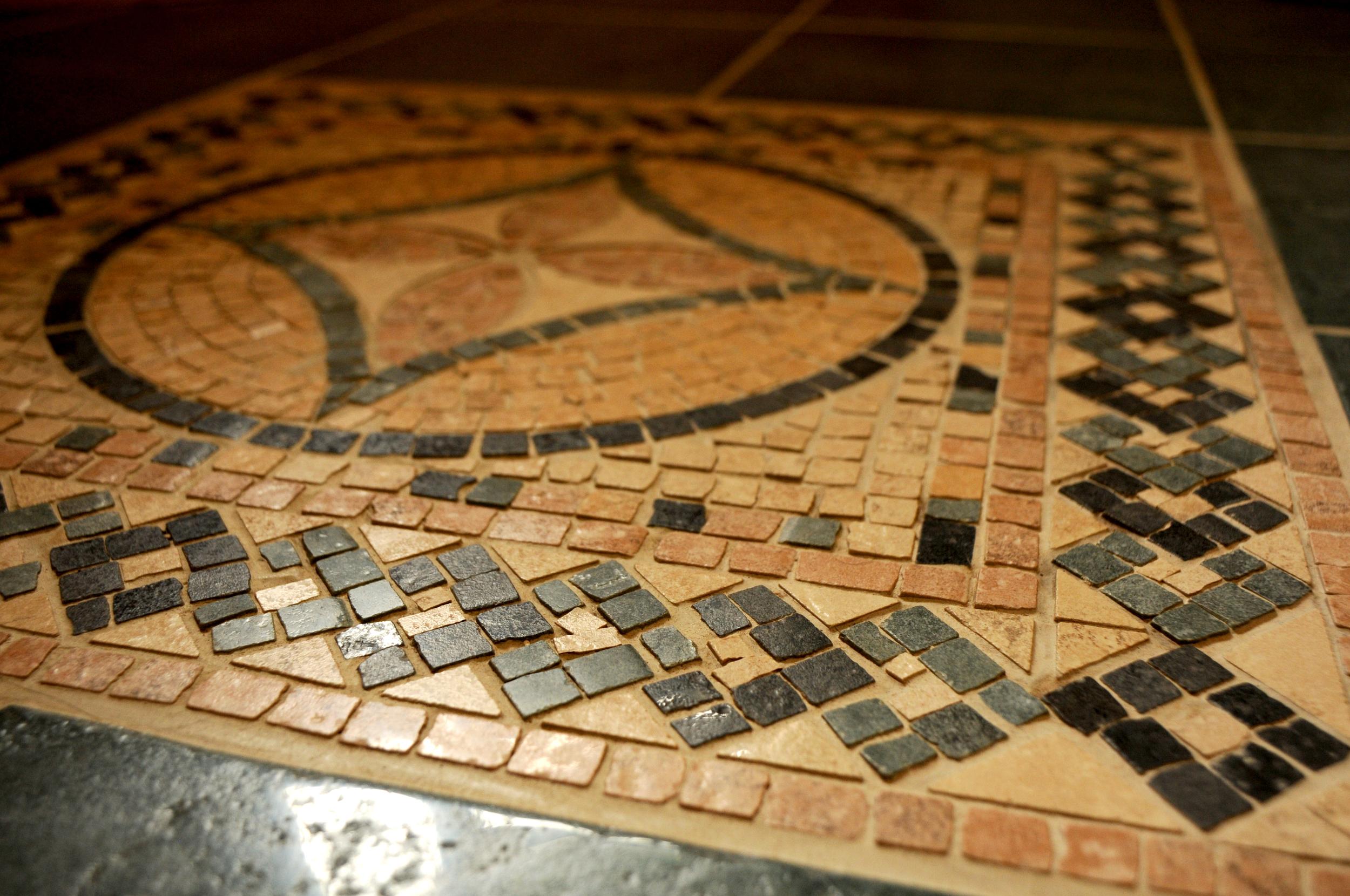 Hunts mosaic.jpg