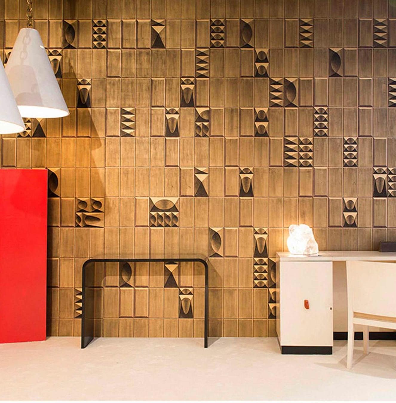 R030-Belsize-Tiles-col-gold-on-black2.jpg