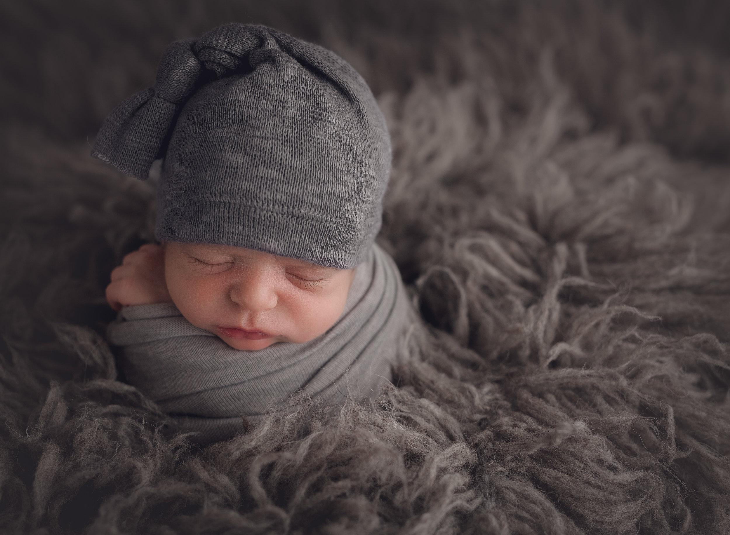 Northern New Jersey photographer- Hudson Valley- Children portrait photographer- Family photographer- Newborn photographer- fresh 48- posed- props- Bergen county- morris county- Ringwood, kinnelon, Oakland