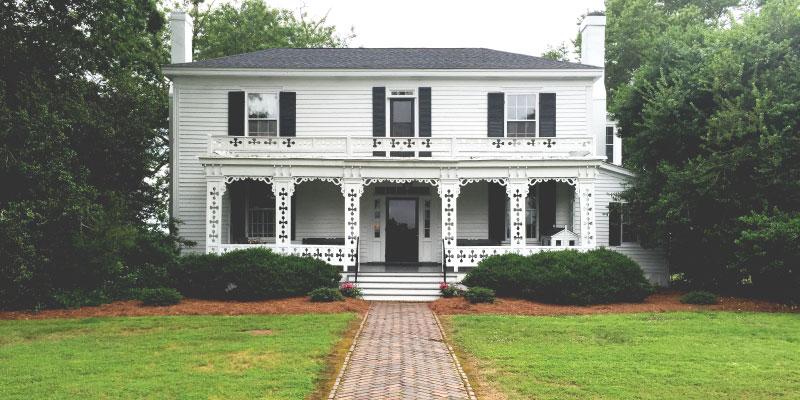 Main-Photo_House.jpg
