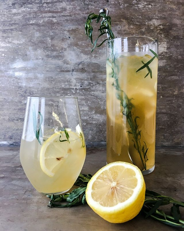 When life gives you lemons, mix up a cocktail. #specialtyproduce #specialtyfoods #behindthebar . . . . . . #lemons #weekend #cocktail #friyay #brunch #mixology #cheers #lemonade #tarragon #ginger #shaken #bartender #bevdirector #industrynight #chefsofinstagram #cheflife #chefmode #eeeeeats #foodporn #foodpornshare #gourmet #culinaryarts