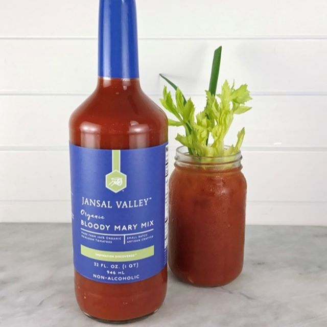 Jansal Valley #BloodyMary 🍅 mix check list: 🚫No Artificial Ingredients🚫  USDA #Organic ✅ #SmallBatch ✅ #ArtisanCrafted ✅ Heirloom #Tomatoes ✅ Blue Agave Nectar ✅ #Lemon Juice ✅ Vinegar ✅ Salt✅ Cayenne Pepper ✅  #Lime Juice ✅ Black Pepper ✅ Onion Powder ✅ Vodka.......well that's on you.😁