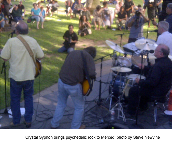 Crystal Syphon brings psychedelic rock to Merced, photo by Steve Newvine