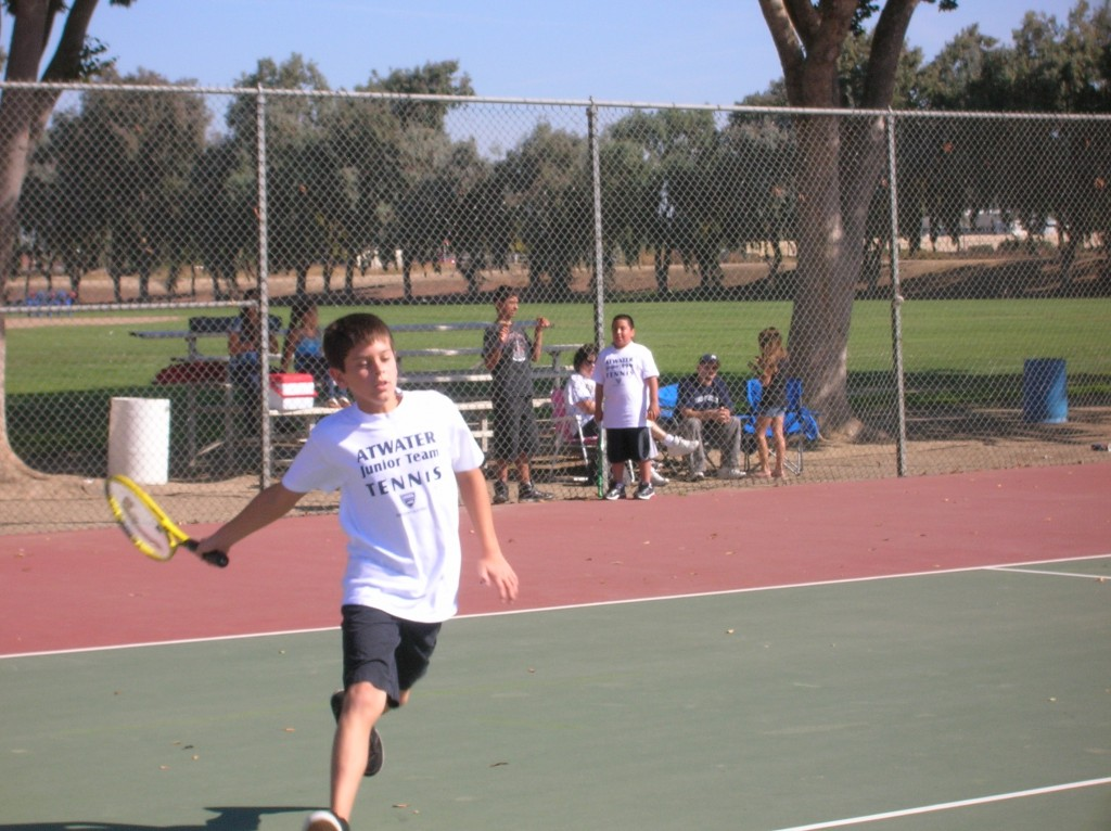 kids-tennis-boy-1024x766.jpg