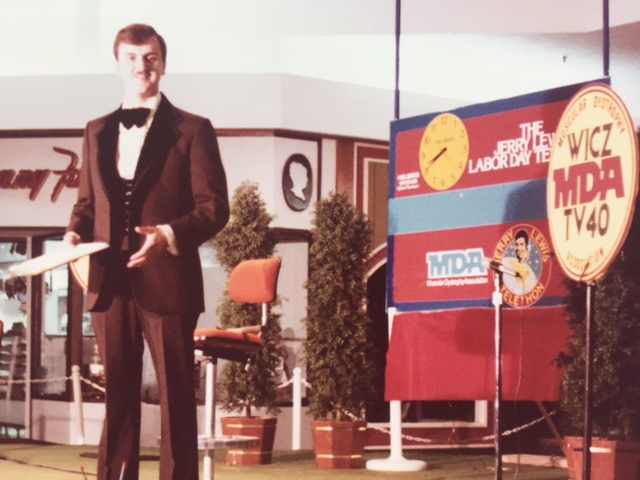 Hosting the Muscular Dystrophy Labor Day Telethon at WICZ-TV in Binghamton, NY. Photo: Newvine Personal Collection