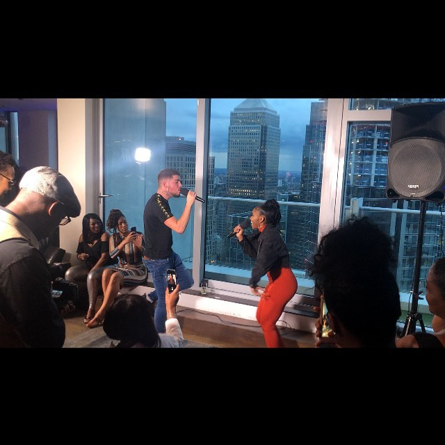 @thisiseltee @its_skyejuicee doing their thing @elayne.smith 's #LoungingWithElayne #SkyHigh #howdoo #music #newmusic #rnb #talent