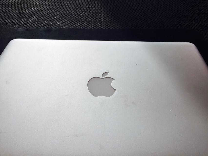 Standard macbook pro, A1278 in for data recovery