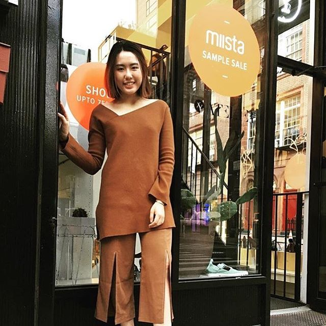 Happy customer at @miistashoes #popup #repost . Come check it out today till 7pm and tmr from 10am to 6pm at 81 Hester St !