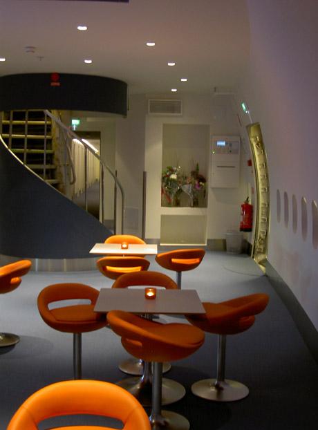 Reception area4.jpg