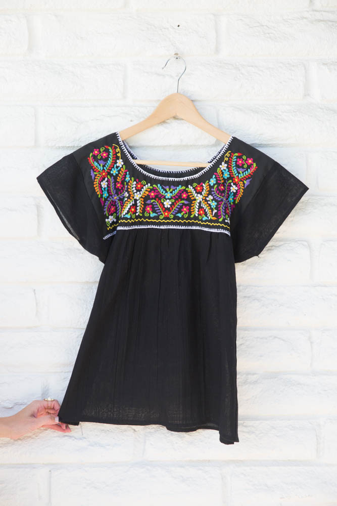 Lola y Tula    Black Embroidered Mexican Blouse // $48.00