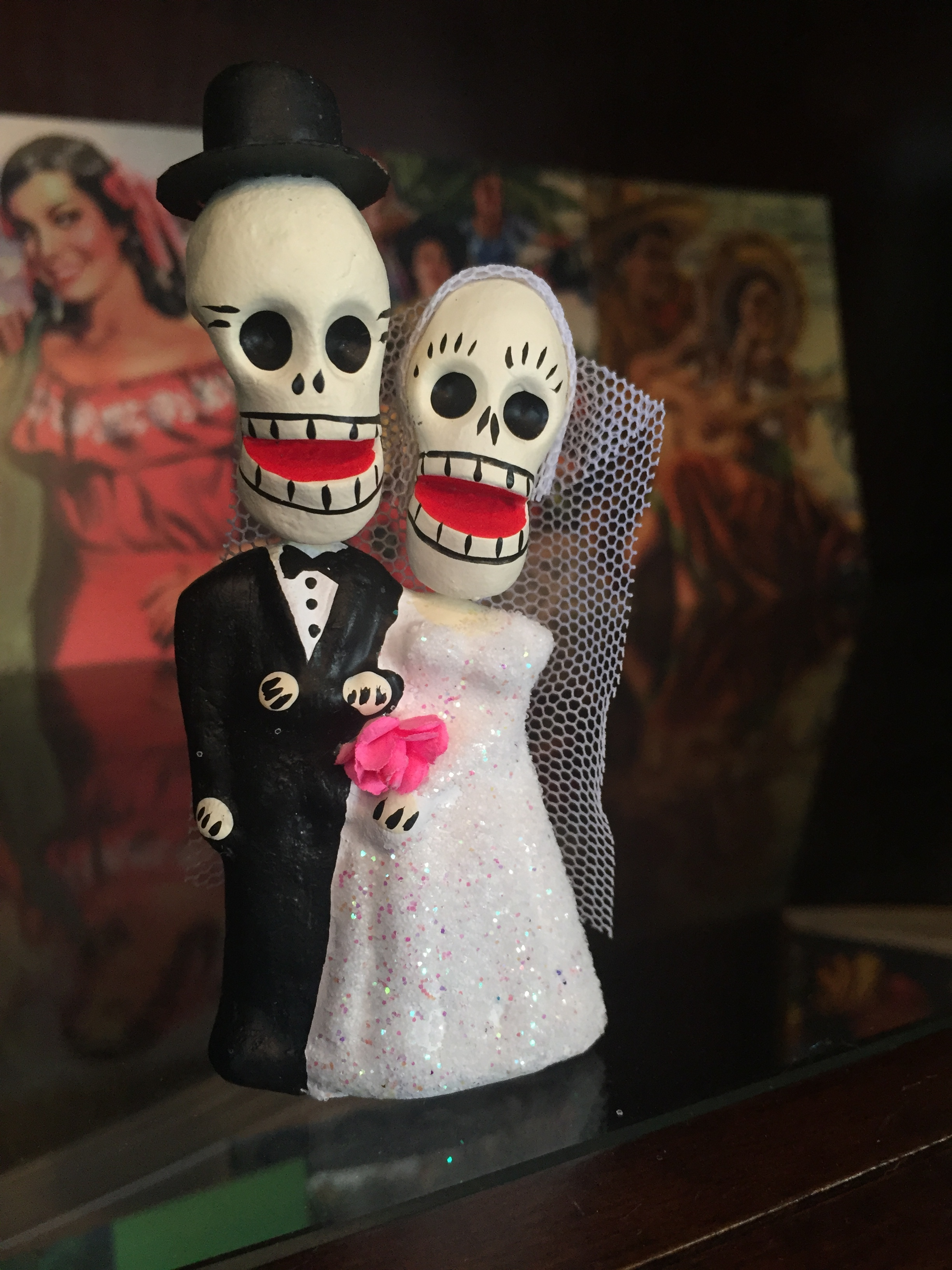 Dos Damas    Happily Married Couple // $30.00