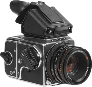 Hasselblad 500CM Camera Kit Rental (Includes: 80mm f2.8 lens, Prism & 120 or 220 Film Back)    Daily Rental $35.00 Weekly Rental $140.00