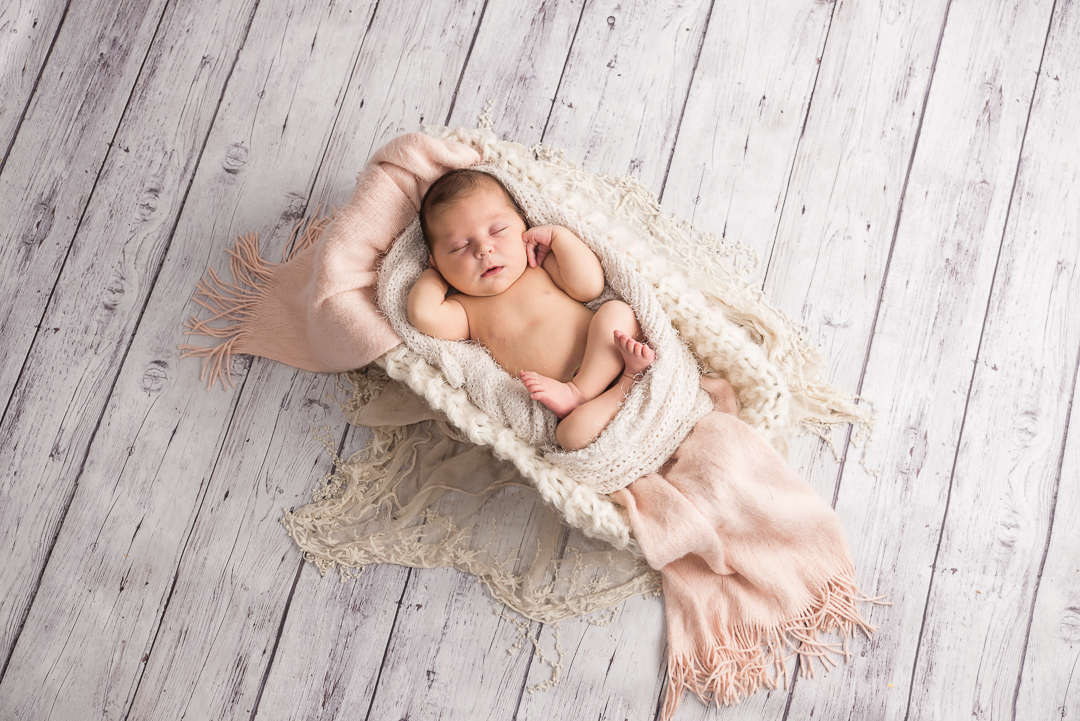 160Naomi Lucienne Photography - Newborn - 170616.jpg