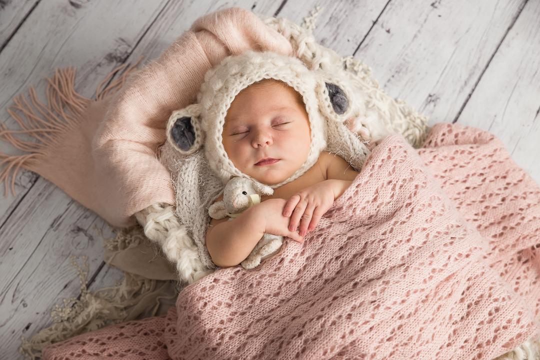 180Naomi Lucienne Photography - Newborn - 170616.jpg