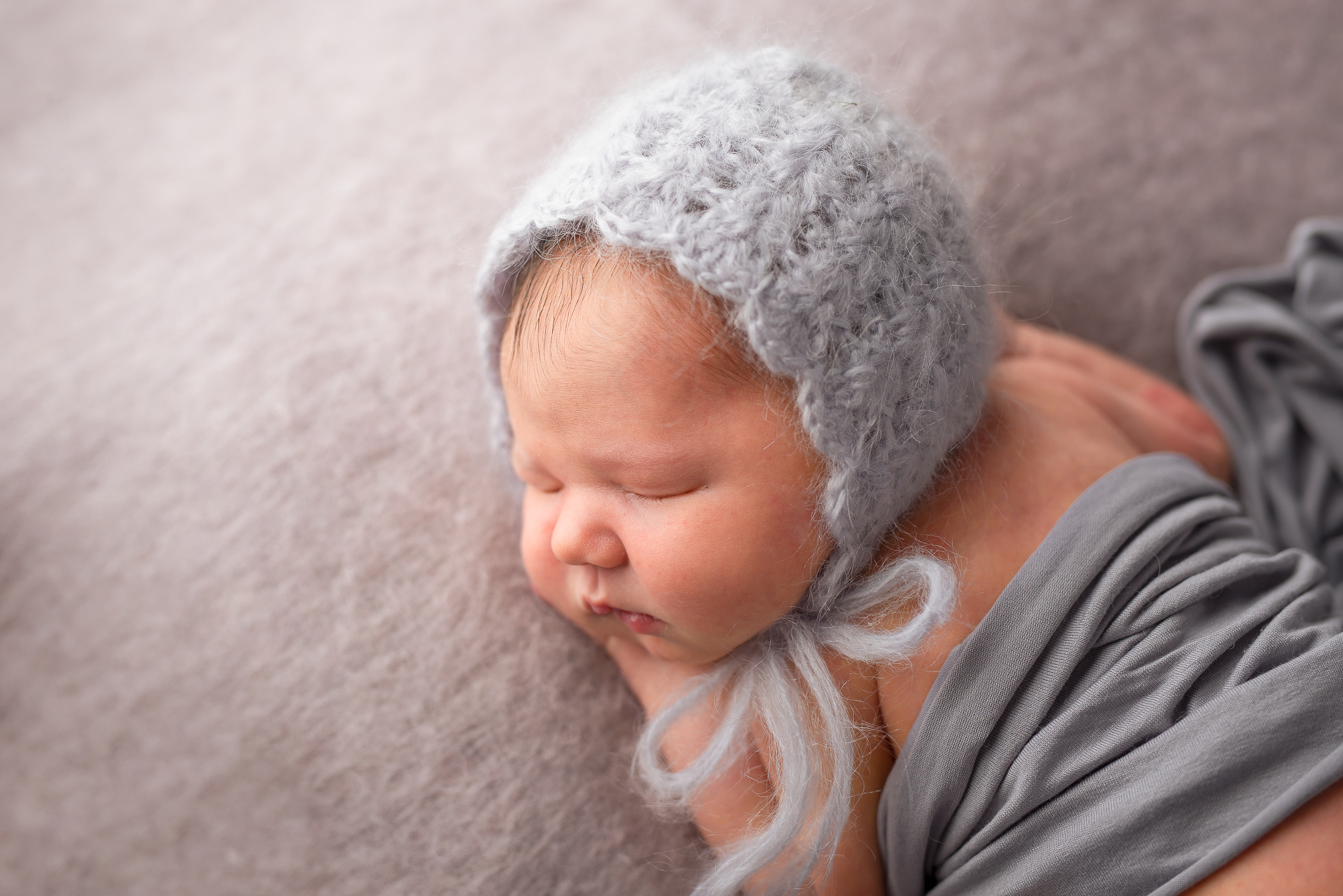 Newborn06NaomiLuciennePhotography102018-3-Edit.jpg