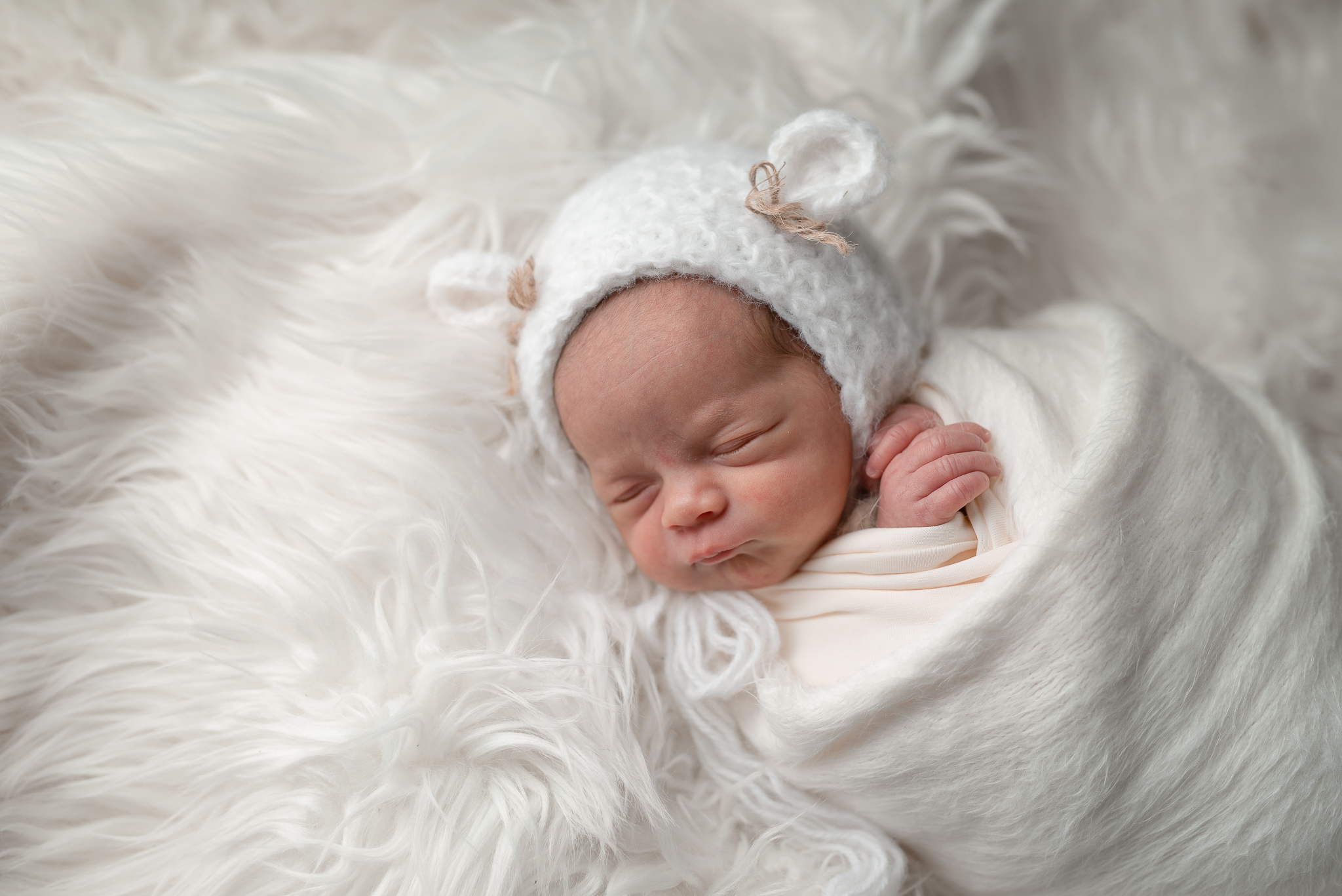 Newborn51NaomiLuciennePhotography032019-Edit.jpg