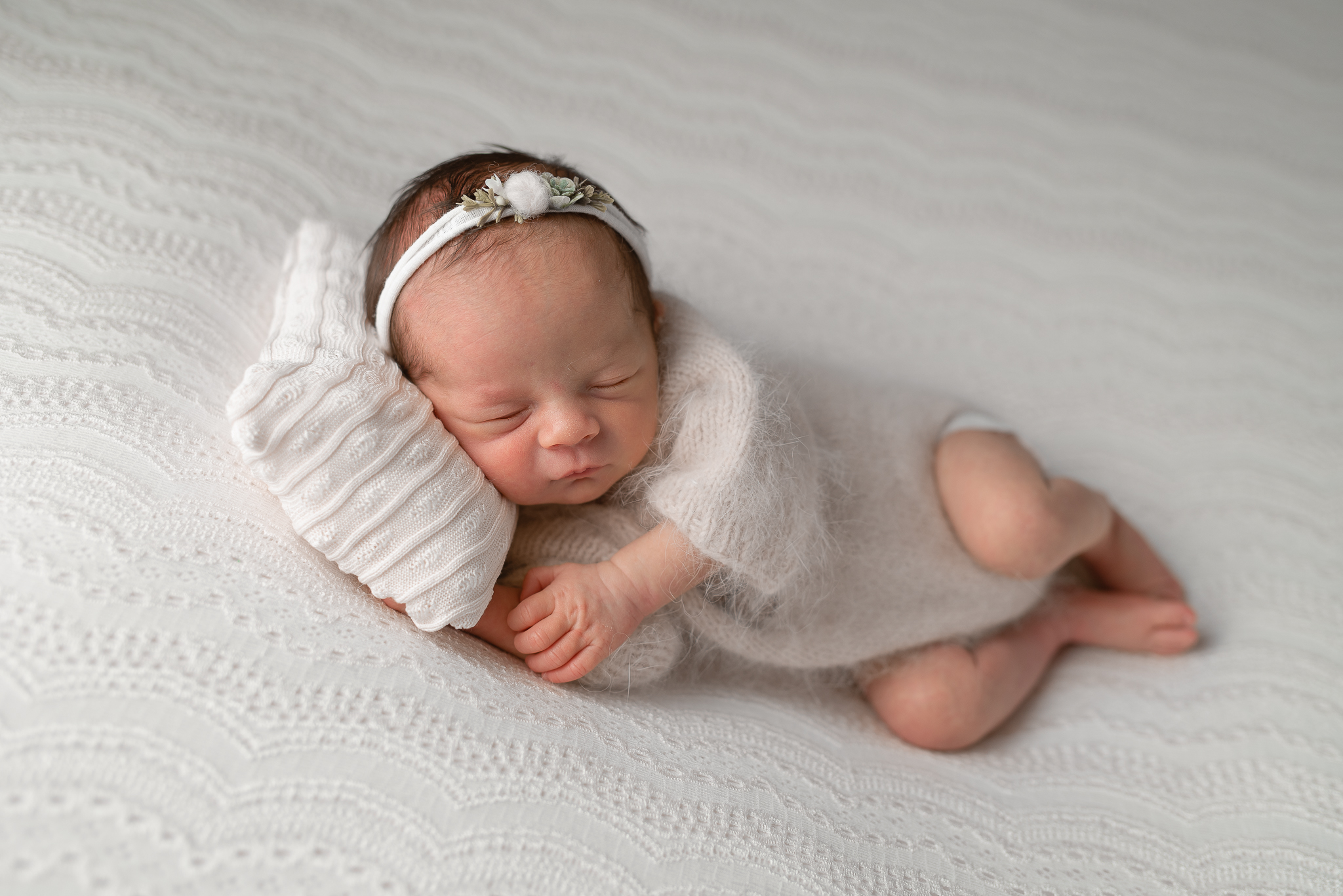 Newborn172NaomiLuciennePhotography032019-Edit.jpg