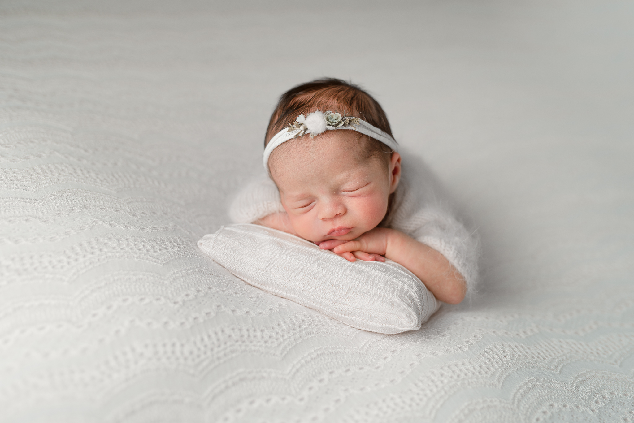 Newborn199NaomiLuciennePhotography032019-Edit.jpg