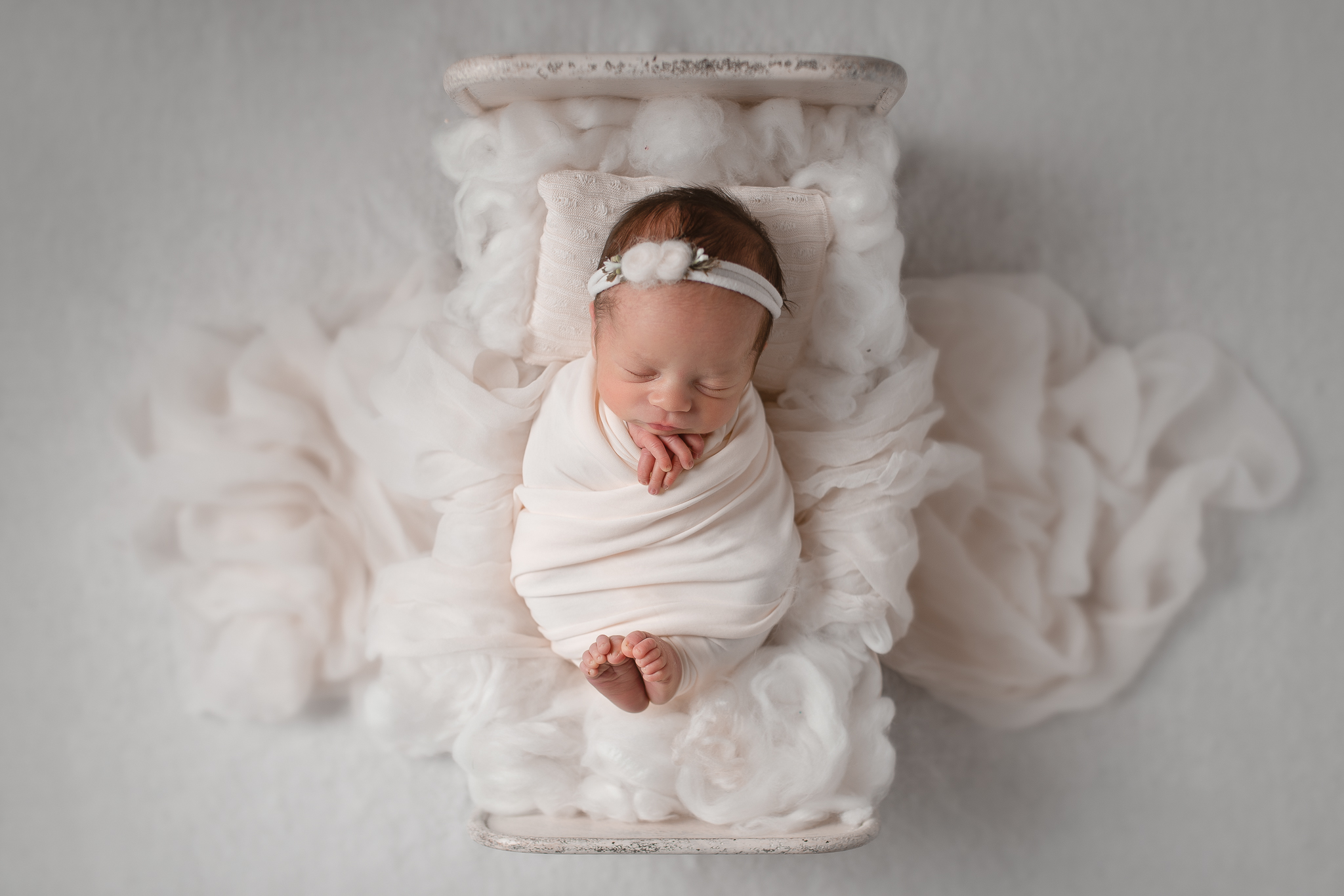 Newborn360NaomiLuciennePhotography032019-Edit.jpg