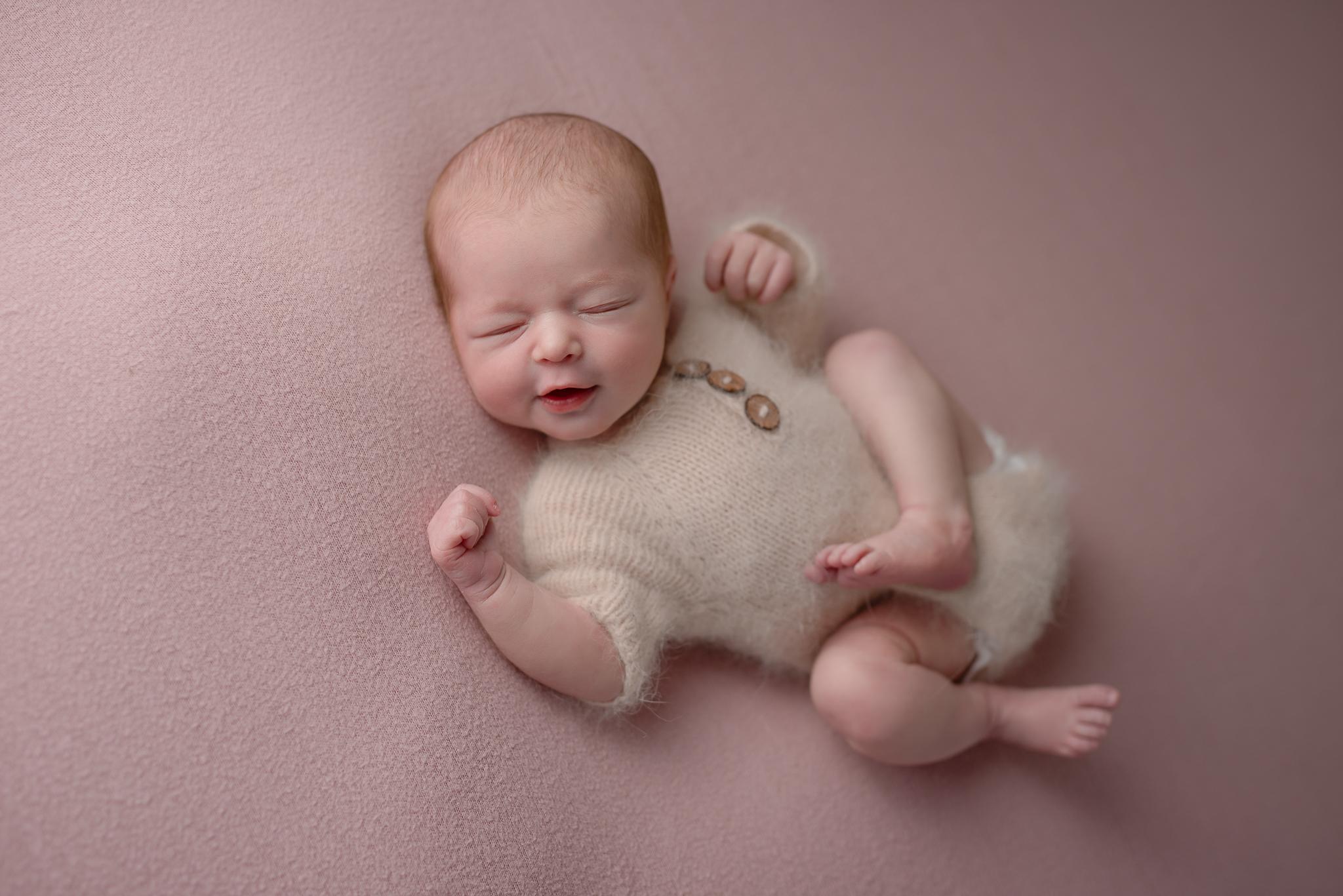 Newborn515NaomiLuciennePhotography032019-Edit.jpg