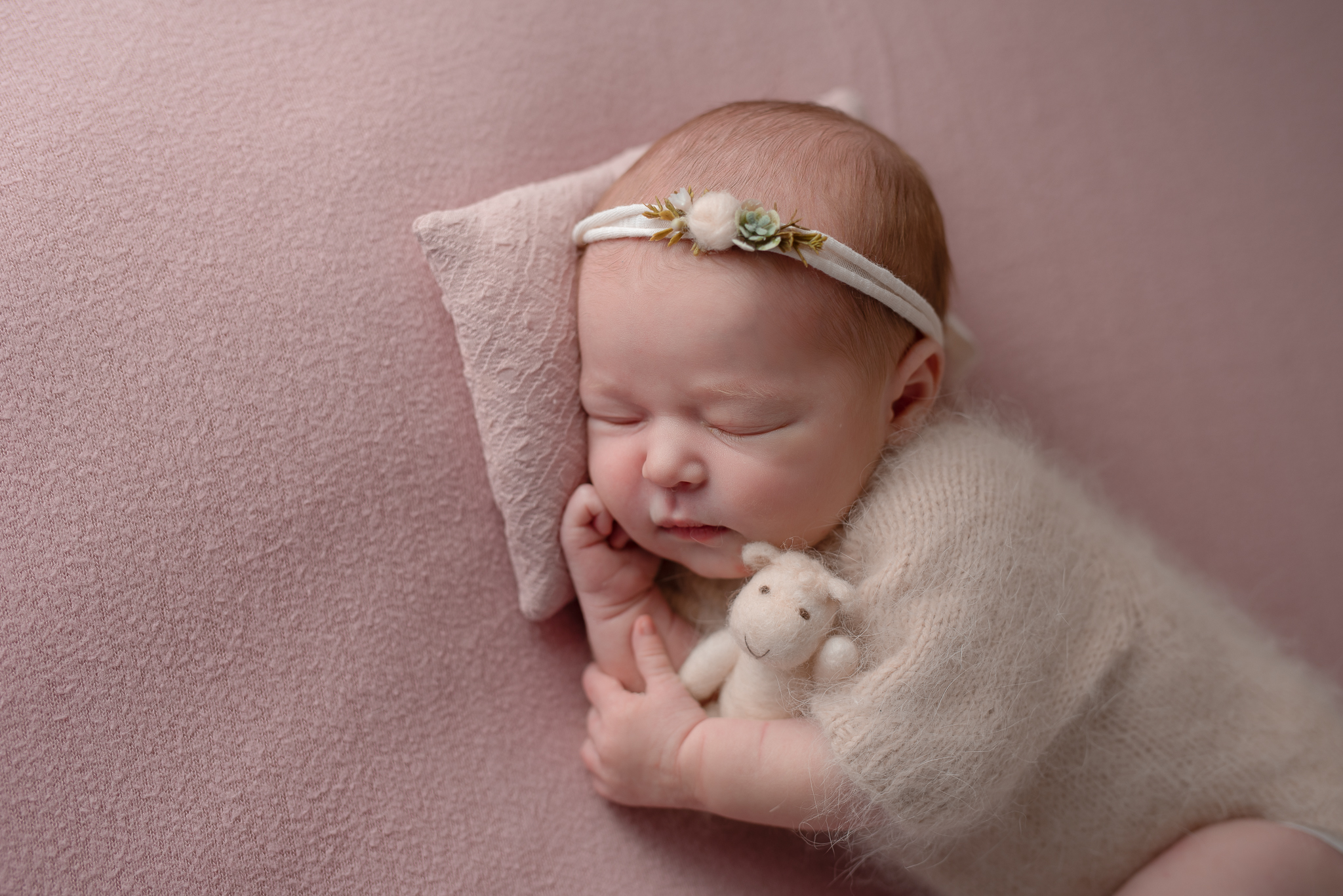 Newborn534NaomiLuciennePhotography032019-Edit.jpg