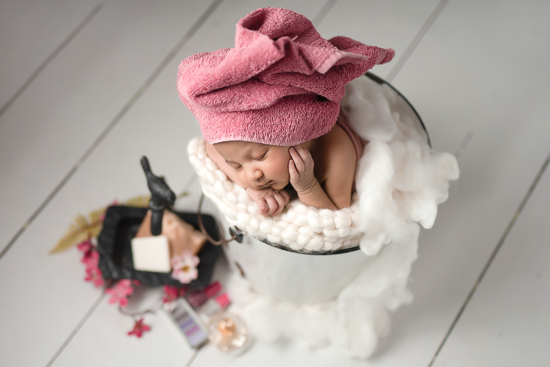Newborn78NaomiLuciennePhotography032019-2-Edit.jpg