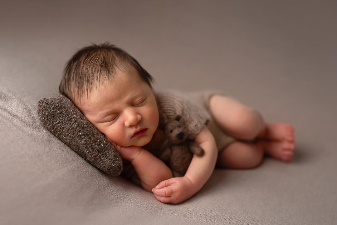 Newborn104NaomiLuciennePhotography042019-2-Edit.jpg