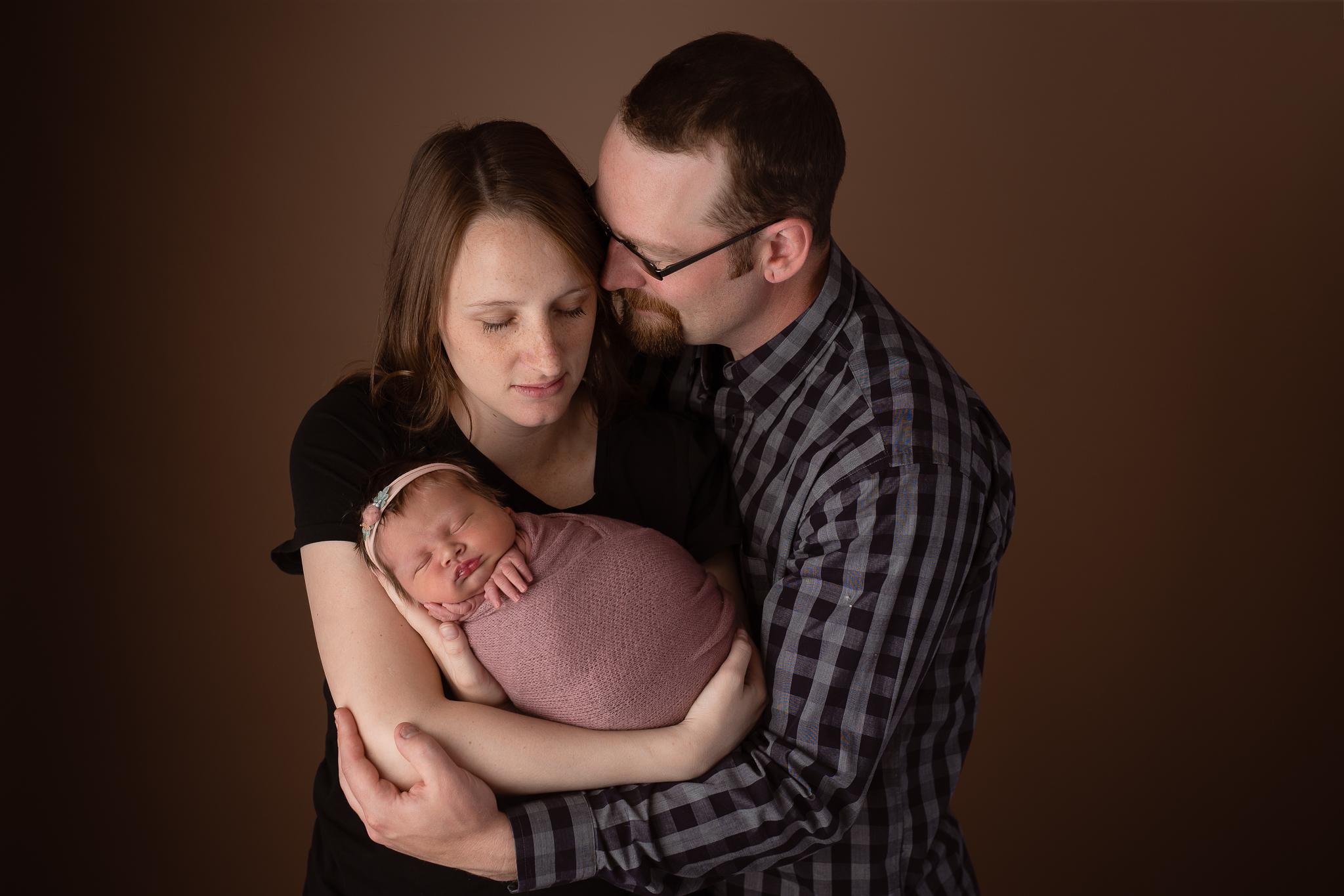 Newborn115NaomiLuciennePhotography062019-Edit.jpg