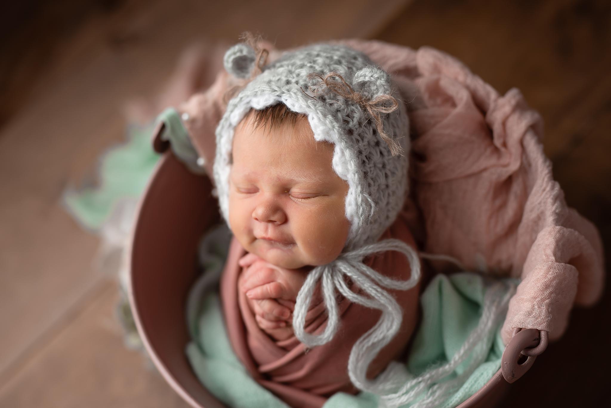 Newborn49NaomiLuciennePhotography062019-2-Edit.jpg