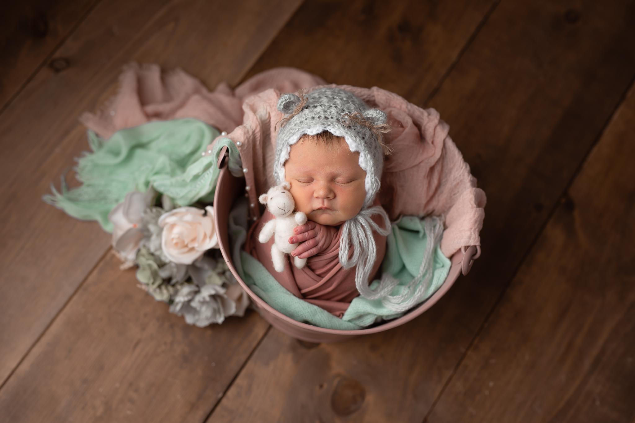 Newborn69NaomiLuciennePhotography062019-2-Edit.jpg